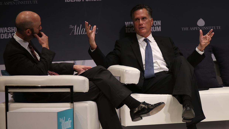 """Mitt Romney: Donald Trump es """"tan falso"""" como su universidad romney.jpg"""