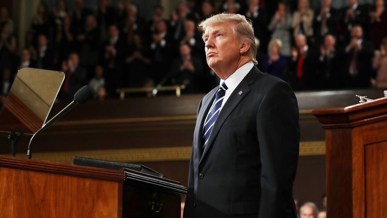 Trump basa la seguridad, el aumento salarial y el ahorro de EEUU en el c...