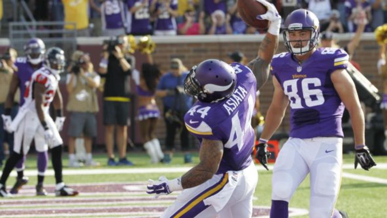 Tres touchdowns deMatt Asiata en el duelo que losMinnesota Vikingsder...