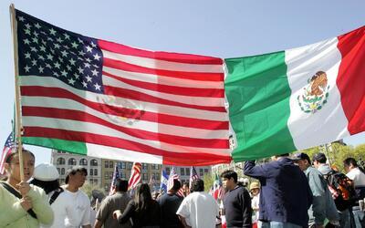 El riesgo de la doble nacionalidad es un mito, según el Consulado de Méx...