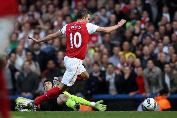 Pero el Arsenal merecía  algó más. Robin Van Persie estaba intratable y...