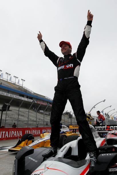 El podio lo completaron el estadounidense Graham Rahal (Ganassi), que te...