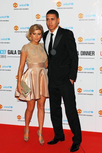 Tiene 28 años y es novia del  jugador de Manchester United, Chris...