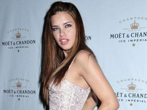 La brasileña Adriana Lima antes de embarazarse, consumía g...