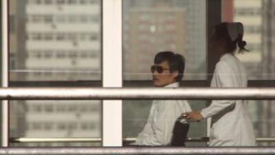 El disidente chino ciego Chen Guangcheng.