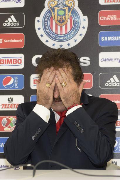 A días de iniciar el Apertura 2009, Ricardo La  Volpe rompió con Rayados...
