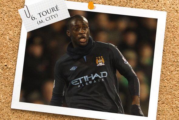 En la contención, el marfileño Yaya Touré se unió a la fiesta de goles d...