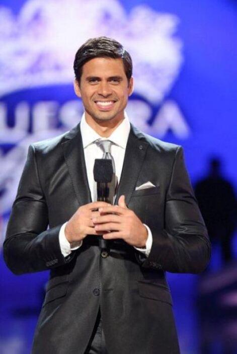 Pedro Moreno siempre mostrando tan bella sonrisa, con la cual seduce a m...