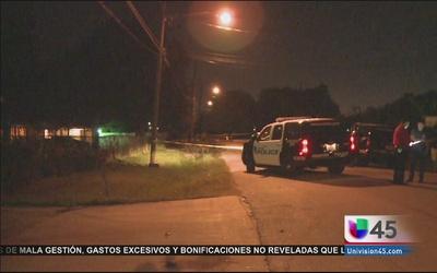 Buscan a sospechosos de asesinar a hispano