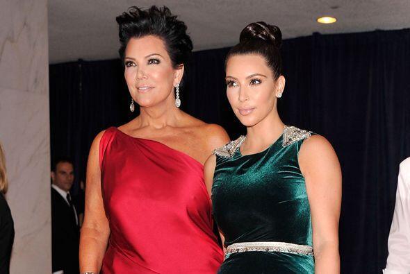 En algunas ocasiones hasta luce mejor que Kim. Mira aquí los vide...