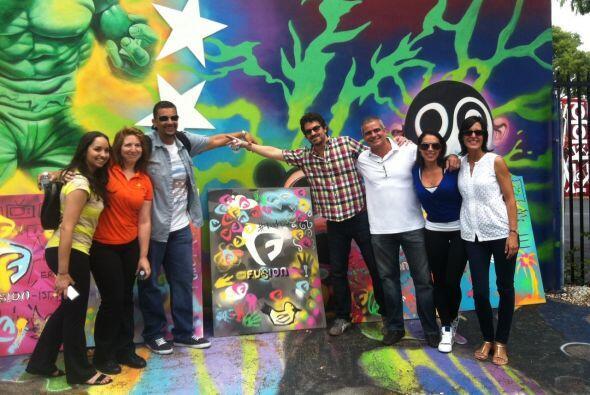 La sede de Fusion está en Miami, junto a Univision. Pero Fusionistas sal...