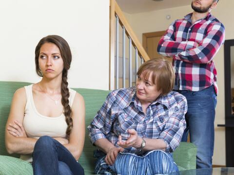 Aprende a lidiar con tu suegra