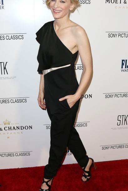Cate Blanchet a sus 45 años luce fabulosa, con una figura envidia...