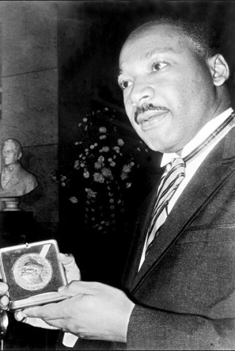 Hijo de un predicador bautista, MLK nació el 15 de enero de 1929 en Atla...