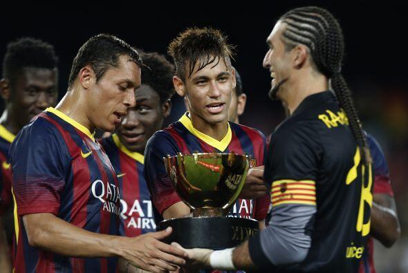 Al final el Barcelona ganó 8-0 y se quedó con su trofeo.