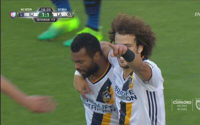 João Pedro culmina una gran jugada de LA Galaxy y pone el empate 1-1