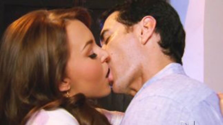 Angelique Boyer y David Zepeda protagonizarán la obra Una noche de locuras.