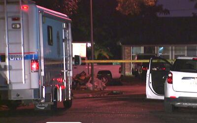 Un agente de la policía de Pasadena hirió a un hombre cuando ejecutaban...