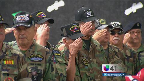 Rinden tributo a los soldados caídos en San Antonio