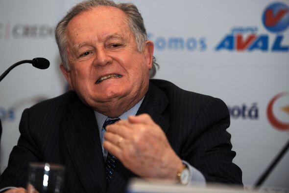 7. Con 13,900 millones de dólares, el colombiano Luis Carlos Sarm...