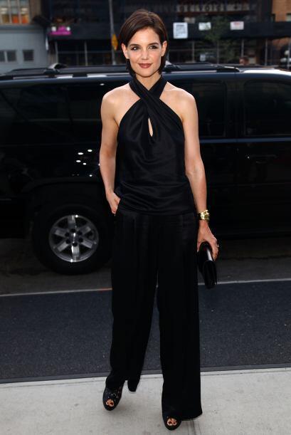 Definitivamente esta mona vestida de seda se ve bellísima, elegan...
