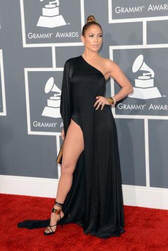 Y esas piernas fueron un verdadero deleite visual. ¡Imposible dejar de v...