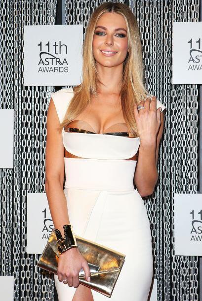 1.- Bustier: Los vestidos con escote 'bustier' son una forma 'sexy' de p...