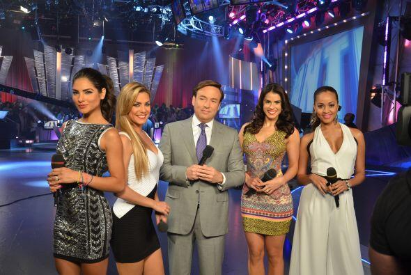 Alejandra Espinoza, Rosina Grosso, Javier Romero, Vanessa De Roide y Kar...
