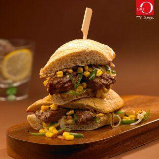 Sándwich de arrachera con mayonesa de páprika del chef Oropeza: Para que...