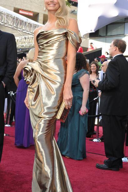 La novia de Geroge Clooney, la sexi Stacy Keibler brilló con un d...