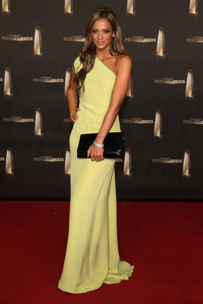 Kate Abdo, fue la sensación en la gala del Balón de Oro, por su belleza...