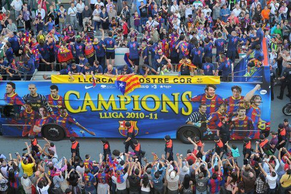 El FC Barcelona ganó su 21º título de Liga, el tercer...