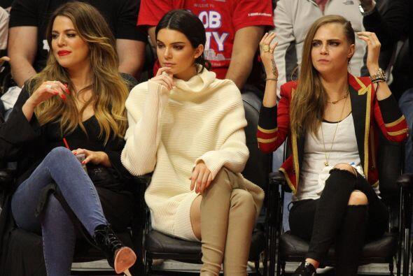 Al principio parecía que estaban mucha atención al partido entre Lakers...