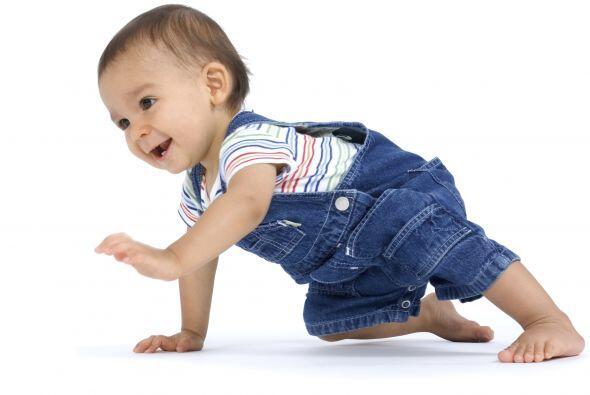 Otros movimientos. Al principio, tu bebé puede trasladarse hacia...