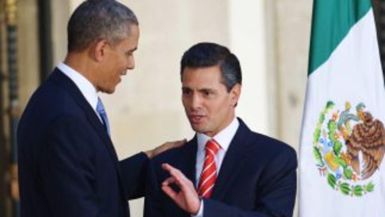Los presidentes de Estados Unidos y México, Barack Obama y Enrique Peña...