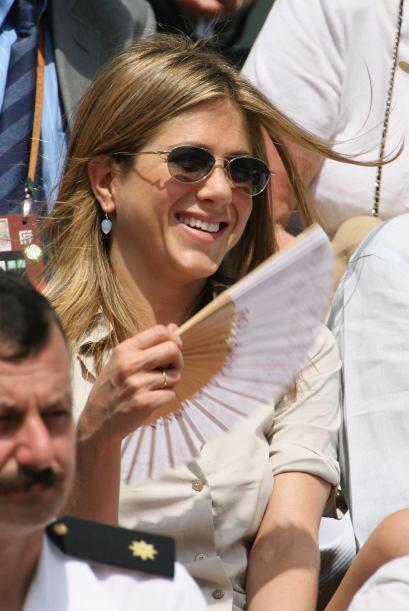 La que nunca se puede esconder de las cámaras es Jennifer Aniston...