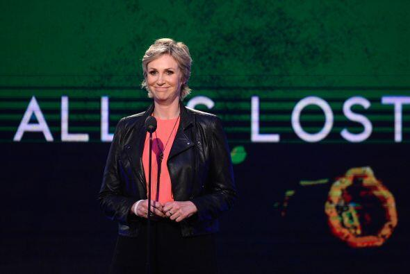 "Jane Lynch habló de ""All is Lost"", protagonizada por Robert Redford.  Mi..."