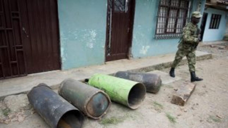Las autoridades colombianas desactivaron el sábado otros 14 artefactos e...
