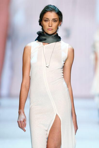 Las 'pashminas' y los foulard son prendas que también las piezas a las q...