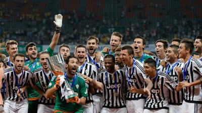 El club de Turín derrotó 2-0 a la Lazio por la Supercopa de Italia