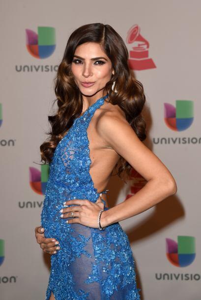 Este traje diseñado especialmente por la boliviana Rosita Hurtado revela...