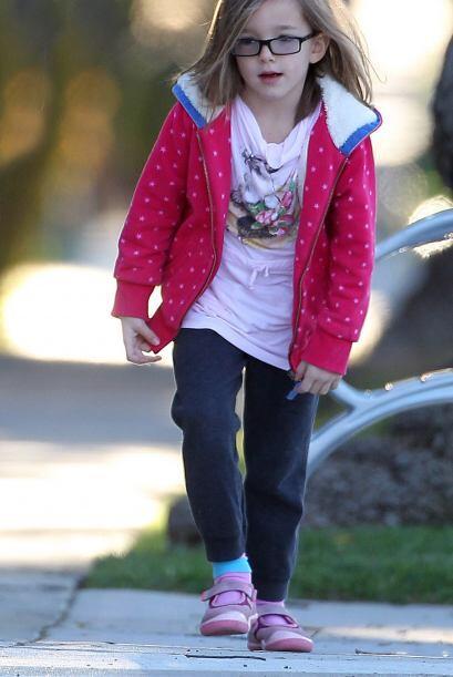 Otra pequeña muy 'fashion' es la hija de Jennifer Garner. Una ligera cha...