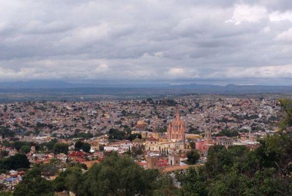 San Miguel de Allende nació como villa en 1592 y se distingue por...
