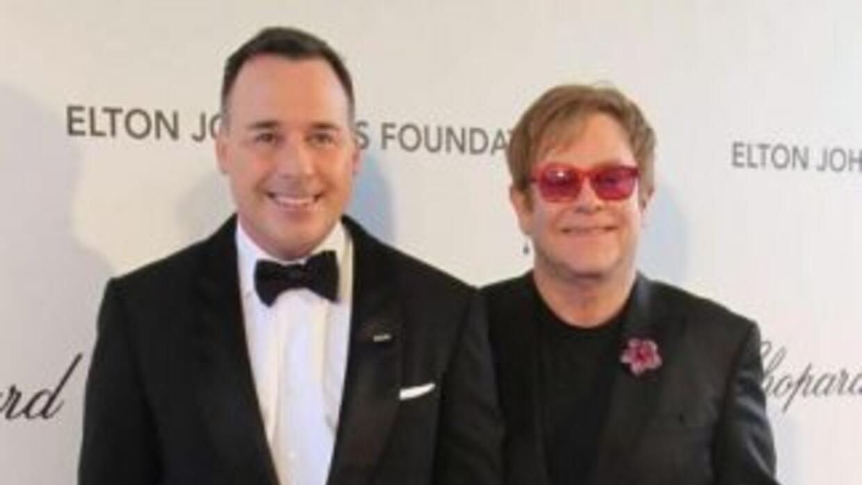¡Elton John y David Furnish se casan!