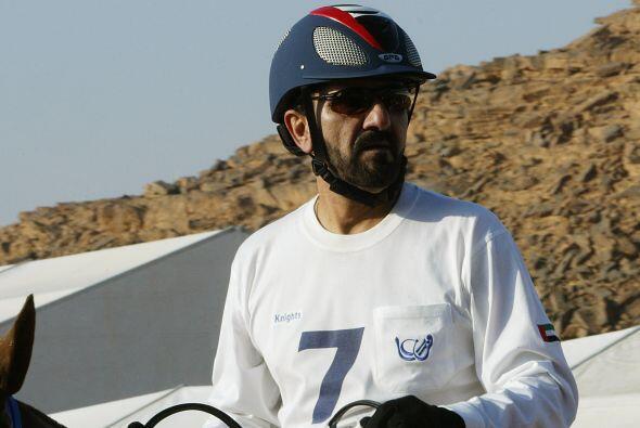 #10. Mohammed bin Rashid (@HHShkMohd). El Primer Ministro de los Emirato...