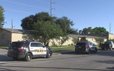 Hombre de 20 años de edad resultó herido durante tiroteo en San Antonio