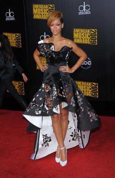El estilo de Rihanna se rige más por prendas alocadas, con aires...