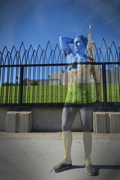 Natalie planea hacer dos pinturas corporales en cada estado de Estados U...