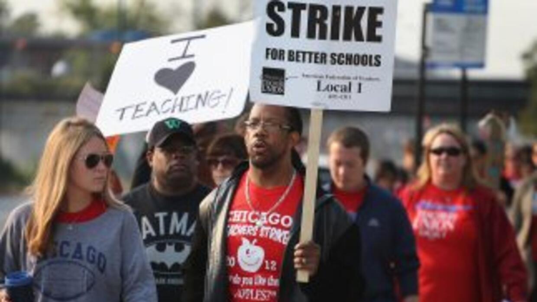 Culmina la huelga de maestros en Chicago