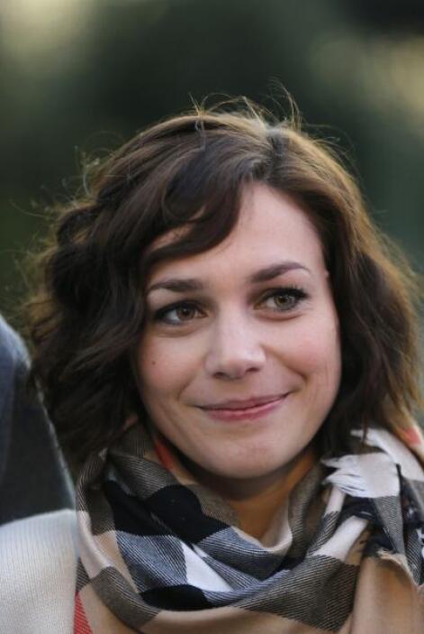 La francesa Nathalie Pechalat, es una de las más bellas patinadoras que...